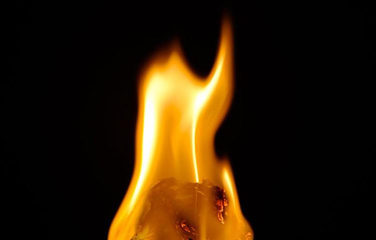 贈り物 火を連想させるもの